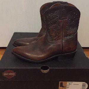 Harley Davidson studded leather boots NWOT